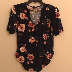 Spandex style blouse floral